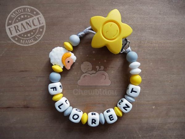 attache sucette pour bébé collection mouton jaune et gris