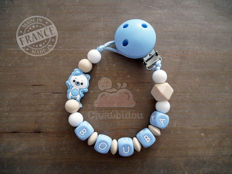 attache tétine silicone ourson bleu pastel beige et blanc