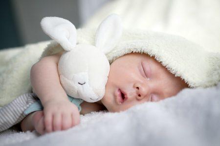 choisir le cadeau bébé idéal